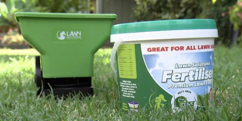 lawn-fertilizing