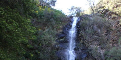 s03-e05-waterfall-gully