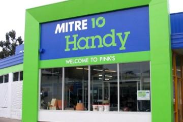 Pinks Mitre 10